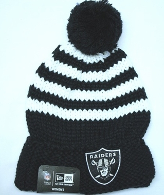 Oakland Raiders Women's New Era NFL Chunky Stripe Fashion Knit Hat