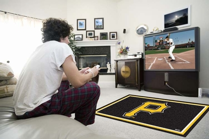 Pittsburgh Pirates 4 Foot x 6 Foot Rug