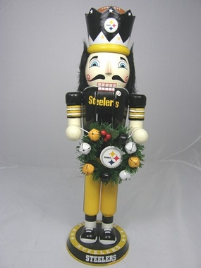Pittsburgh Steelers 14 Inch Wreath Nutcracker Figurine