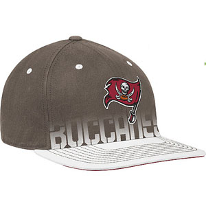 Tampa Bay Buccaneers 10 Sideline Player Flex / Flat Brim Hat - Large / X-Large