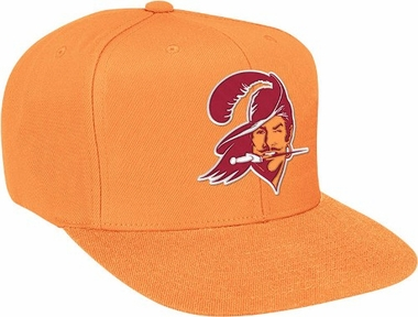 Tampa Bay Buccaneers Basic Logo Snap Back Hat