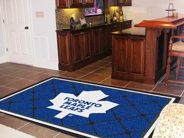 Toronto Maple Leafs 5 Foot x 8 Foot Rug