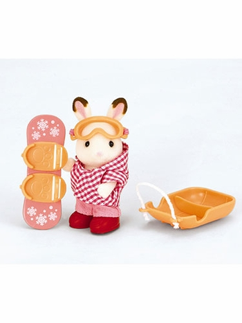 Calico Critters Winter Sports Fun