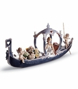 Lladro Gondola of Love Porcelain Figurine