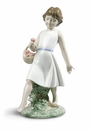 Nao by Lladro Barefoot stroll Figure