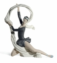 Nao by Lladro Porcelain Dancer with veil Figurine