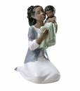 "Nao by Lladro Porcelain ""In loving arms (Treasured Memories)"" Figurine"