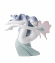 "Nao by Lladro Porcelain ""Water fairy"" Figurine"
