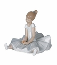 """Nao by Lladro Porcelain """"Dreamy ballet"""" Figurine"""