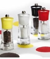 Salt & Pepper Grinders & Shakers