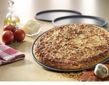 "USA Pan - 14"" Thin Crust Pizza Pan (�"" Deep) - Hard Anodized"