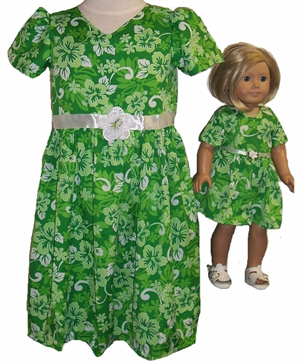 Size 5 Pretty Green Dress with Matching Doll Dress Available