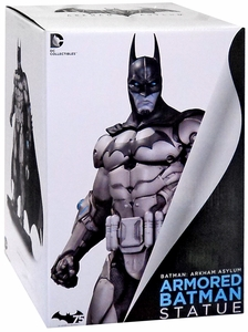 Batman Arkham City Statue Armored Batman New!