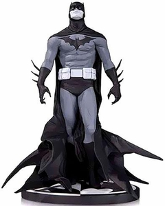 DC Collectibles Jae Lee Black & White Statue Batman Pre-Order ships July