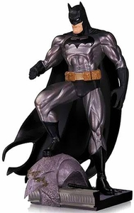 DC Collectibles Mini Statue Batman Pre-Order ships September