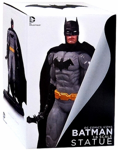 DC Collectibles New 52 Icon 1/6 Scale Statue Batman New!
