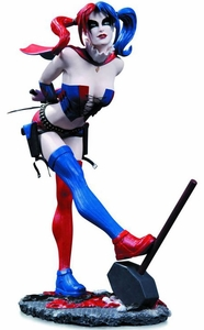 DC Comics Cover Girls Statue Harley Quinn [2nd Edition] Pre-Order ships October