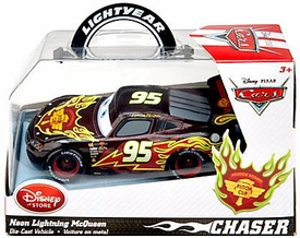 Disney / Pixar CARS Movie Exclusive 1:43 Die Cast Car Neon Lightning McQueen [Chase Edition]