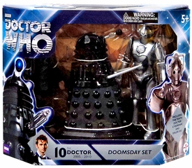 Doctor Who Action Figure Set Doomsday New!