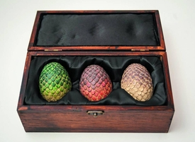 Game of Thrones Replica Dragon Egg Box Pre-Order ships August