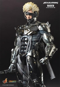 Hot Toys Metal Gear Rising: Revengeance 1/6 Scale Collectible Figure Raiden Pre-Order ships February