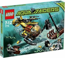 LEGO Aqua Raiders Set #7776 The Shipwreck Damaged Package, Mint Contents!