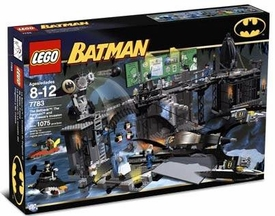 LEGO Batman Set #7783 Batcave: Penguin & Mr. Freeze's Invasion