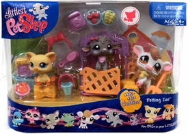 Littlest Pet Shop Cuddliest Pets Playset Petting Zoo [Cow, Lamb & Pig]