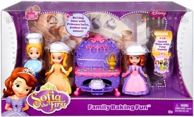 Mattel Disney Sofia the First Family Baking Fun Playset