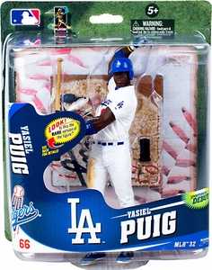 McFarlane Toys MLB Sports Picks Series 32 Action Figure Yasiel Puig (Los Angeles Dodgers) White Uniform, Regular Head