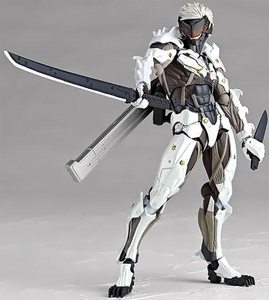 Metal Gear Rising Revengence Revoltech Super Poseable Action Figure Raiden [White Armor] Pre-Order ships July
