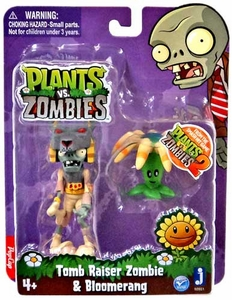 Plants vs Zombies 3 Inch Figure 2-Pack Tomb Raiser with Boomerang New!