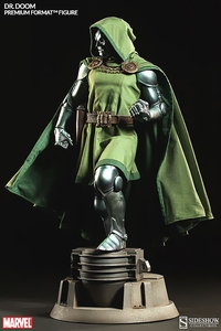 Sideshow Collectibles Marvel 1/4 Scale Premium Format Polystone Statue Dr. Doom Pre-Order ships May