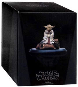 Star Wars 1/10 Scale Statue Yoda Pre-Order ships March