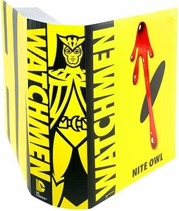 Watchmen Club Black Freighter Exclusive Action Figure Night Owl