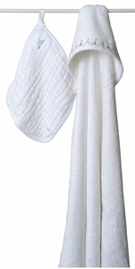 SOLD OUT Aden + Anais Water Baby Hooded Towel and Washcloth Set