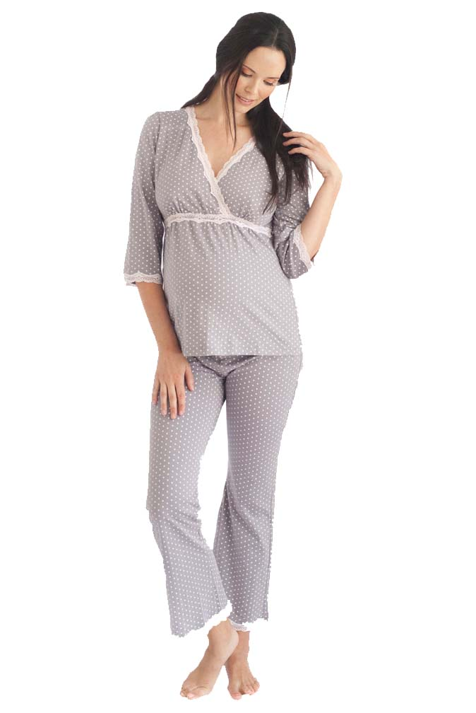 Discover stylish maternity clothes from Gap that make you feel as beautiful as your changing shape. Dress up that bump in pregnancy clothes designed for all occasions.