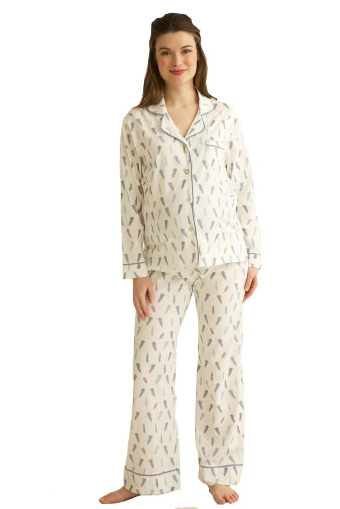 Cute nursing nightgowns: maternity & nursing pajamas & robes for hospital. Matching mommy & me pajamas. Look here for just the right breastfeeding sleepwear.