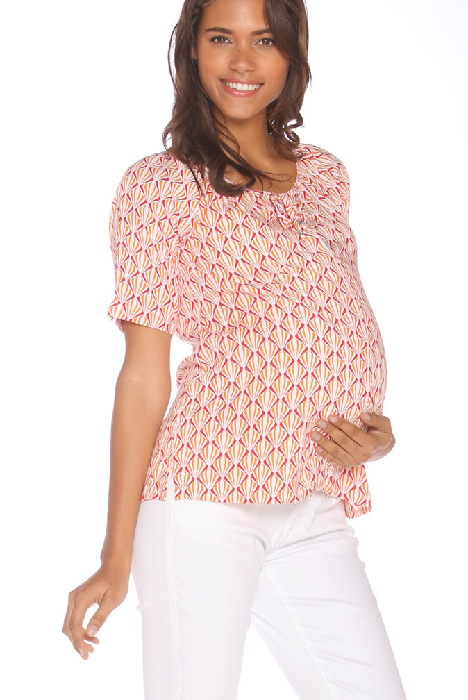 Shop the latest maternity clothes at Macy s. We ve got a variety of trendy and chic pregnancy clothing including maternity dresses, pants, jeans and more!