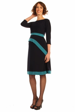 SOLD OUT Japanese Weekend d&a Maternity And Nursing Luxe Jersey Darling Dress