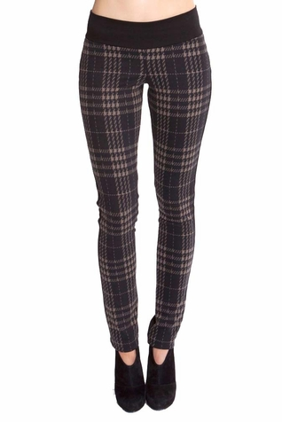 Olian Kathy Underbelly Maternity Knit Plaid Pant