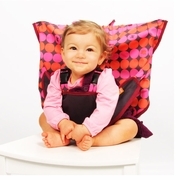 Pinky Buttons Portable High Chair