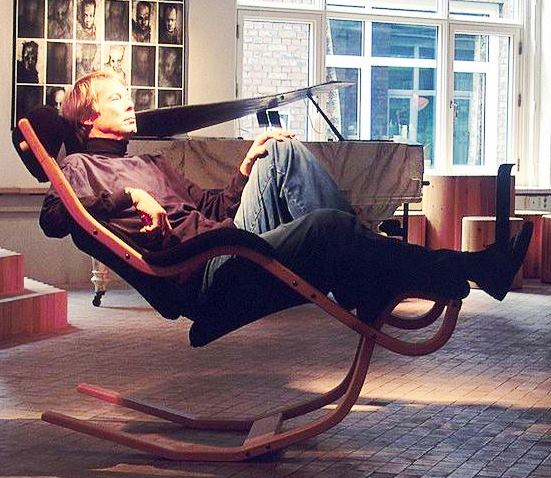 Varier USA Gravity Balans Chair #233. The Ultimate Relaxing Chair.