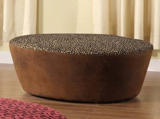 "6022 Hostess 40"" Round Ottoman in Leopard Print and Faux Leather Fabric - Armen Living - LC6022OTLEWR"