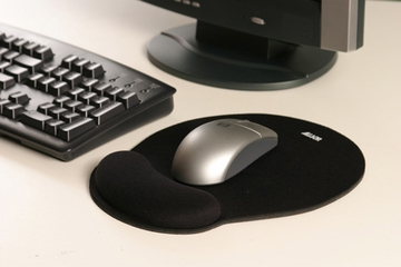 Allsop Black Memory Foam Mouse Pad with Wrist Rest