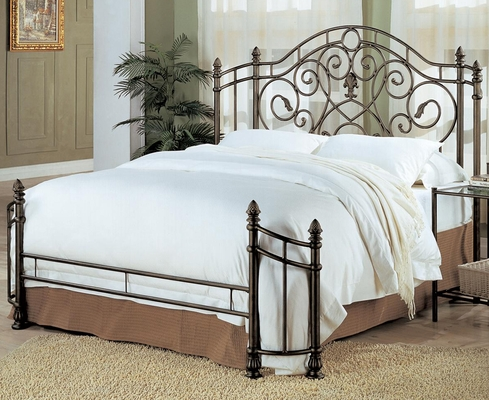 Beckley Queen Iron Bed - 300161Q