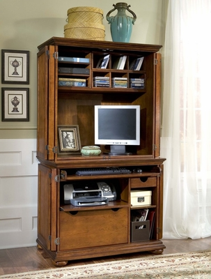 Cabinet and Hutch in Warm Oak - Homestead - 5527-190