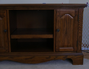 Country Casual TV Stand in Oak - Home Styles - 5538-09