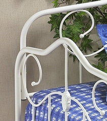 Daybed - Betsy Daybed in Textured White