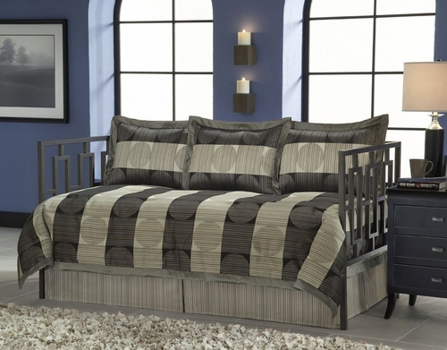 Daybed Size Bedding - 5-Piece Daybed Ensemble in Skyline Pattern - 80JQ400SKY